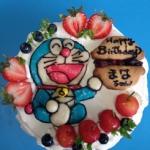 ドラえもんケーキ.jpg